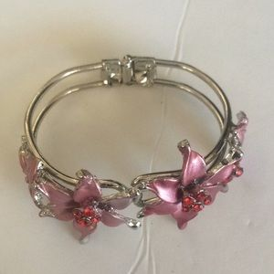 Brand new hinged cuff bracelet